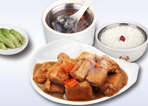 凑合复合型中式快餐