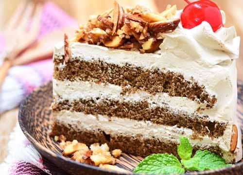 武汉市皇冠蛋糕店怎样加盟代理?投资成本及必要条件详细介绍!