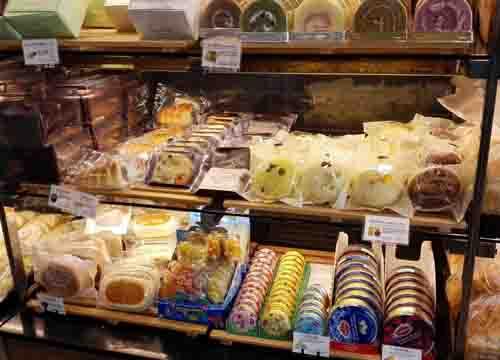 烘培店是加入好或是自个做好?开面包新语加盟连锁店赚钱吗?
